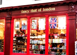 Tea-Souvenir-Store-in-London